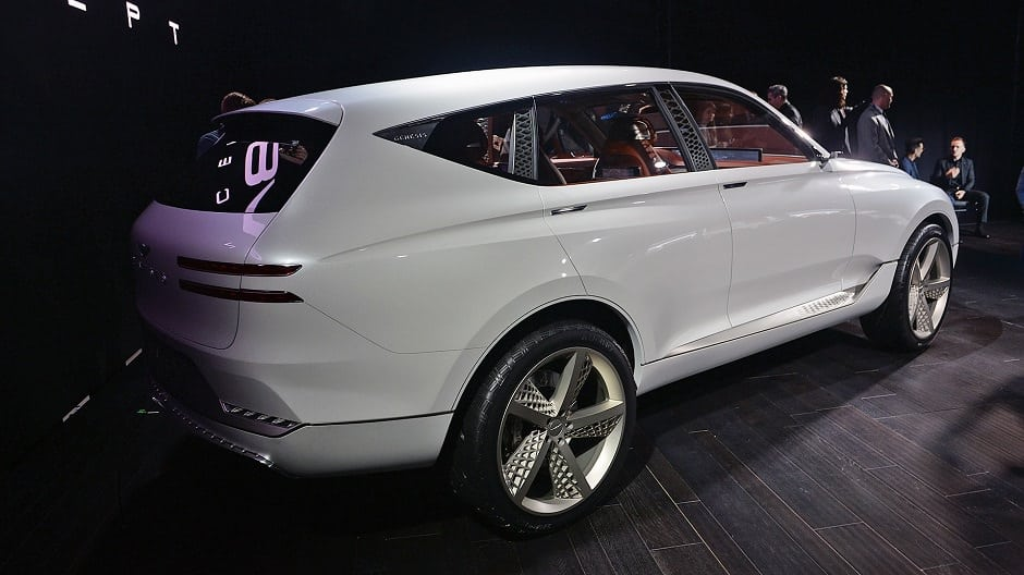 جينيسيس SUV 2019