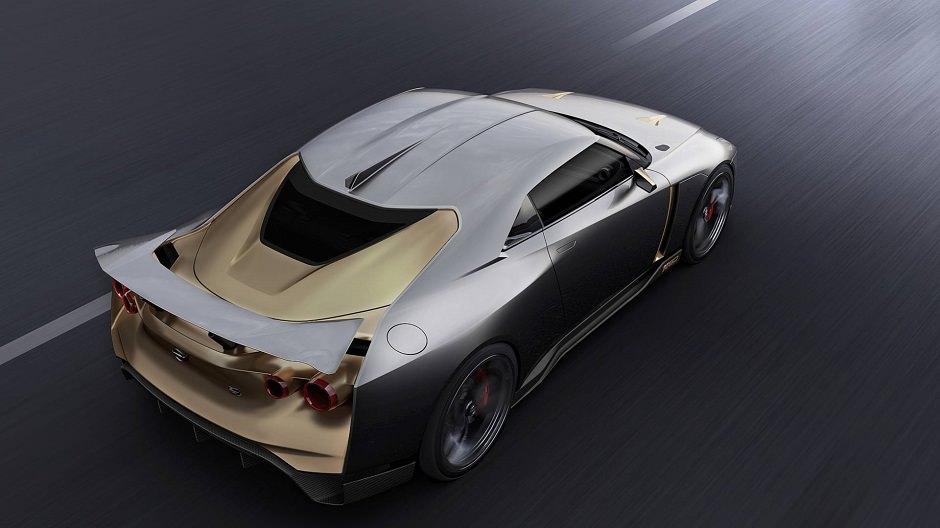 صور نيسان GT-R50