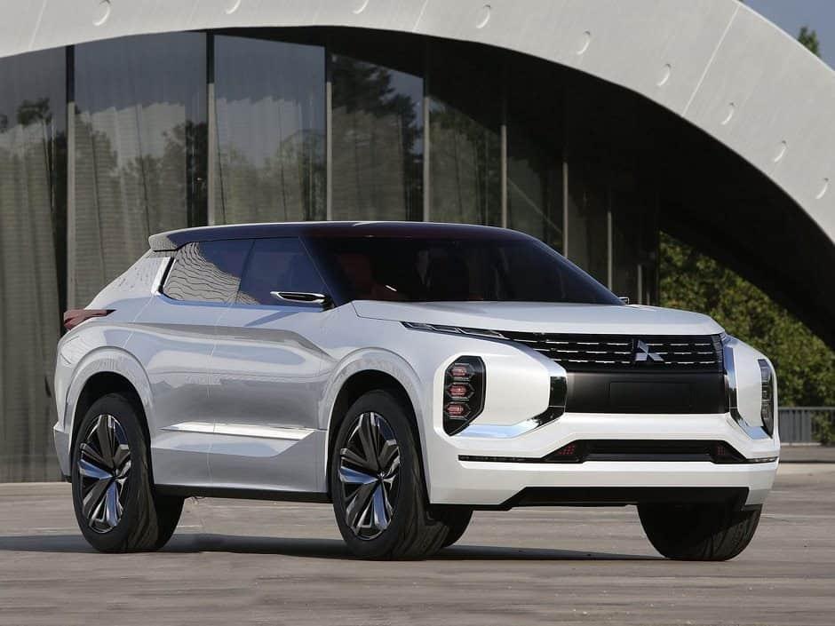 ميتسوبيشي 2019 سيارة الكهربائية اختبارية