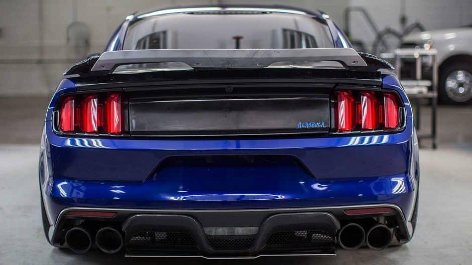 عوادم فورد موستنج شيلبي GT500 2020