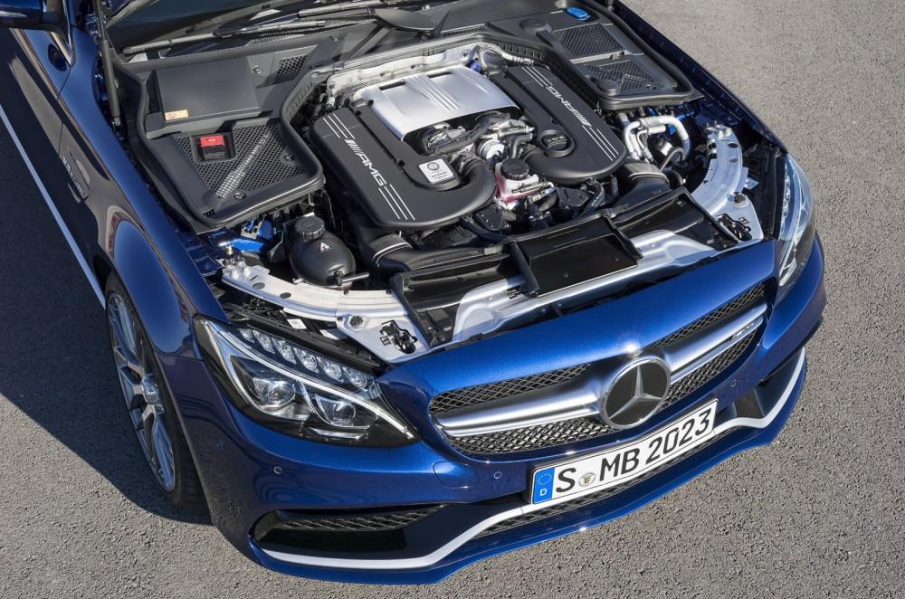 محرك مرسيدس AMG C63 2016