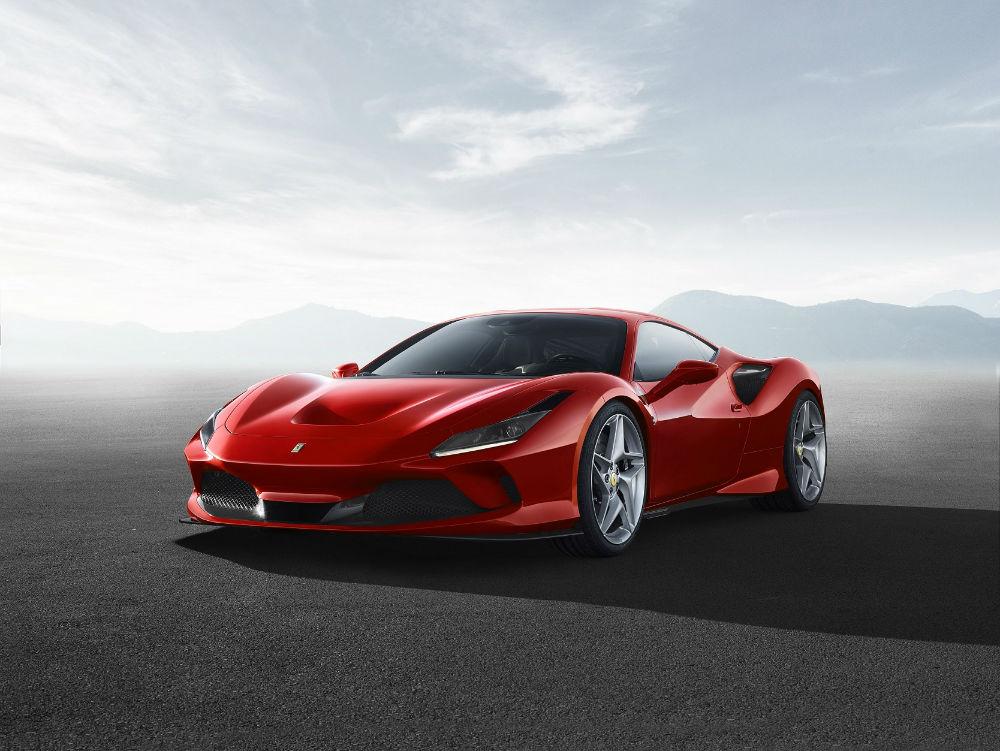 فيراري إف 8 تريبوتو لغة تصميمية جديدة واحتفاء بالتميّز في عالم السيارات الرياضية