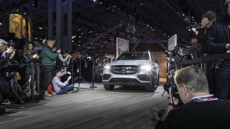 مواصفات ومميزات سيارة مرسيدس 2020 GLS