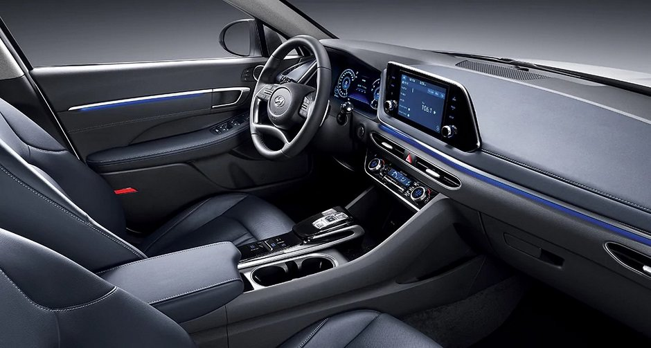 سيارة هيونداي سوناتا 2020 من الداخل
